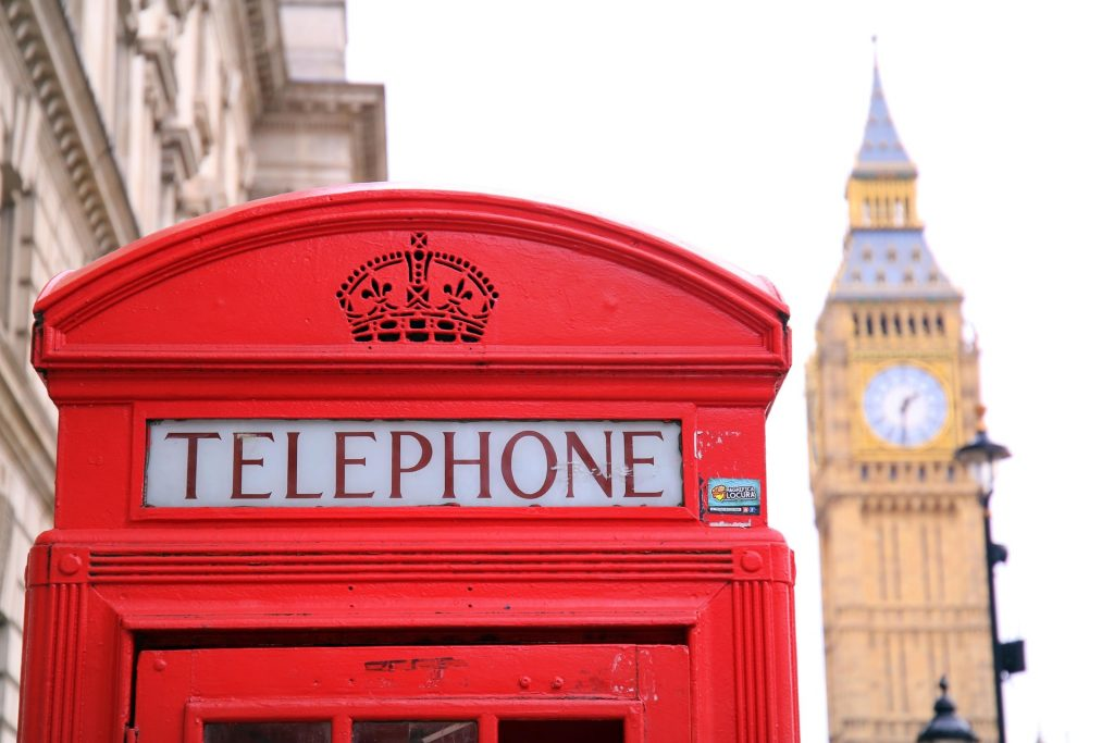 study abroad in england london red telephone