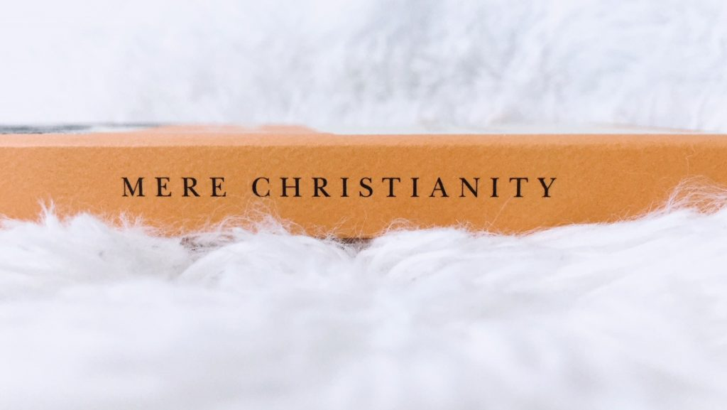 The Salt Compass Bookshelf: Mere Christianity